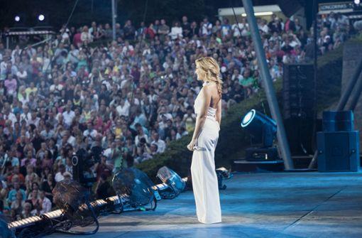 Helene Fischer und ihr Publikum – am 22. Juli füllt sie die Mercedes-Benz-Arena in Stuttgart. Foto: Universal