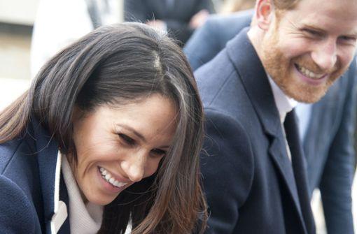 Heiteres Kostümraten wäre ein passendes Hochzeits-Spiel bei Meghan Markles und Prinz Harrys großer Sause am Samstag. Foto: AP