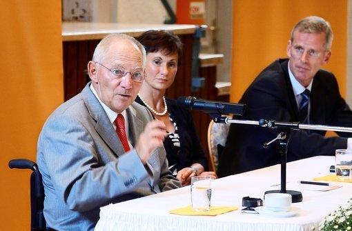 Schäuble lobt Binninger für Bosch