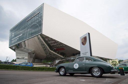 Das Porsche-Museum ist vor zehn Jahren eröffnet worden...  Foto: dpa