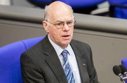 Bundestagspräsident Norbert Lammert (CDU) hat zusammen mit Fraktionskollegen Bedenken gegen die geplante Bund-Länder-Finanzreform. Er sieht darin einen Verstoß gegen föderale Prinzipien. Foto: dpa