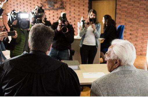 Bewährungsstrafe für Rentner gefordert