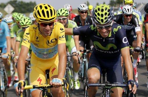 Champagner für Tour-Sieger Nibali
