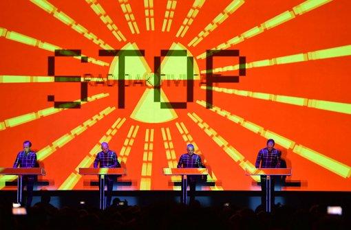 Kraftwerk mit imposanter 3-D-Show auf Tour Foto: dpa