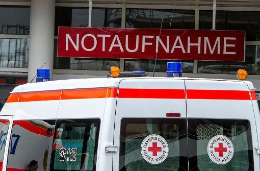 Tote Frau neben lebendem Neugeborenem in Auto bei Dresden entdeckt