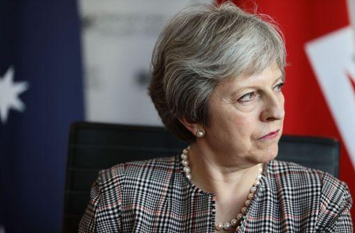 Heftige Niederlage für Theresa May