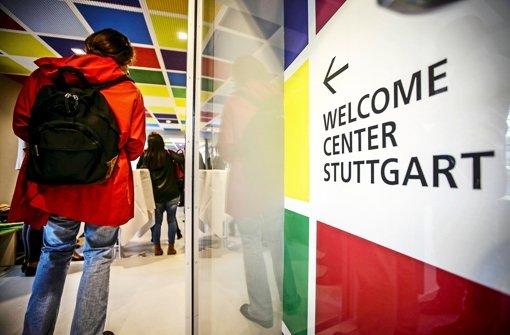 Welcome Center Stuttgart berät 4000 Neuankömmlinge