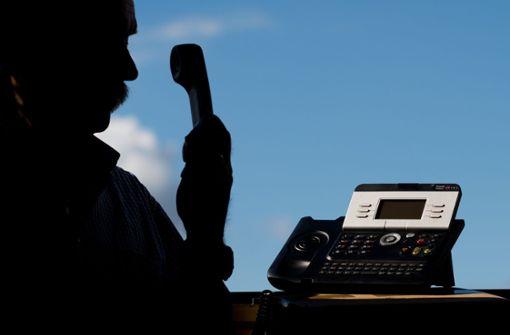 Falscher Polizist am Telefon: An die Hintermänner kommt die echte Polizei wohl nicht heran. Foto: dpa