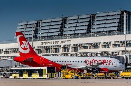 Eine  Maschine von Air Berlin am Manfred-Rommel-Flughafen Stuttgart: Wie lange es nach dem 15. Januar noch Starts nach Abu Dhabi geben wird, ist ungewiss Foto: Flughafen Stuttgart GmbH