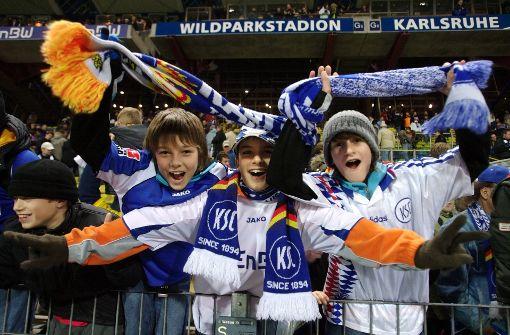 KSC-Fans entschuldigen sich für die Krawalle aus ihrem Fanblock. Foto: imago sportfotodienst