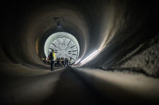 Die riesiege Tunnelvortriebsmaschine im Fildertunnel wird nun gedreht. Foto: Lichtgut/Max Kovalenko