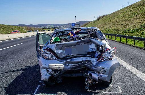 Mehr als zehn Kilometer Stau nach schwerem Unfall