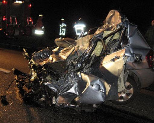 Geisterfahrer stirbt auf A5
