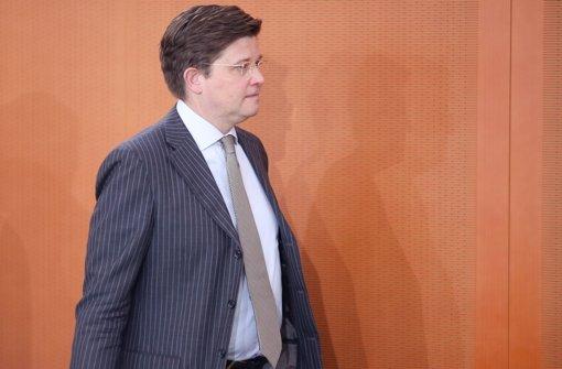 Klaeden will im CDU-Präsidium bleiben