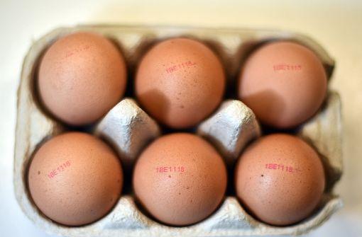 Eier mit verbotenen doppelten Stempeln verkauft