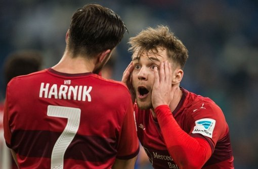 VfB-Joker stechen: Vorbereiter  Alex Maxim (re.), Torschütze  Harnik Foto: dpa