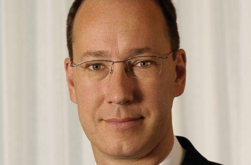bRalf-Michael Schmitz/bbrDer Geschäftsführer des Klinikums der Stadt Stuttgart verdient b323.000 Euro/b im Jahr.Rund 100.000 Euro von seinen Bezügen war erfolgsabhängig. Foto: Kraufmann
