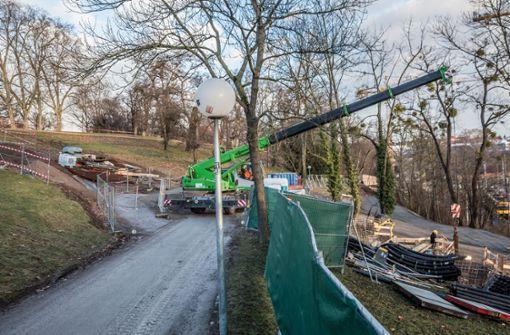 Dort, neben der Baustelle für den Rosensteintunnel, soll eine Baustraße für das Bahnprojekt Stuttgart 21 entstehen. Foto: Lichtgut/Julian Rettig