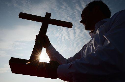 Die Amtskirchen schwinden, der Glaube nicht