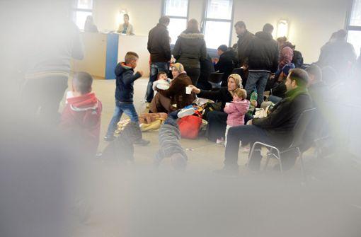Weniger Asylbewerber,  aber auch weniger Abschiebungen