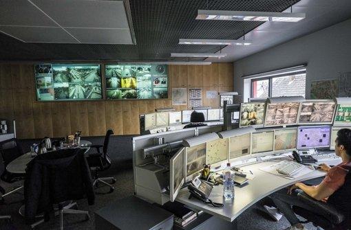 In der integrierten Verkehrsleitzentrale laufen alle Informationen über den Verkehr in Stuttgart zusammen. Foto: Lichtgut/Max Kovalenko