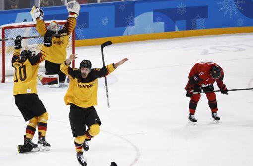 """Große Euphorie nach dem Eishockey-Sieg über Kanada – """"Betthupferl"""" Teil 16"""