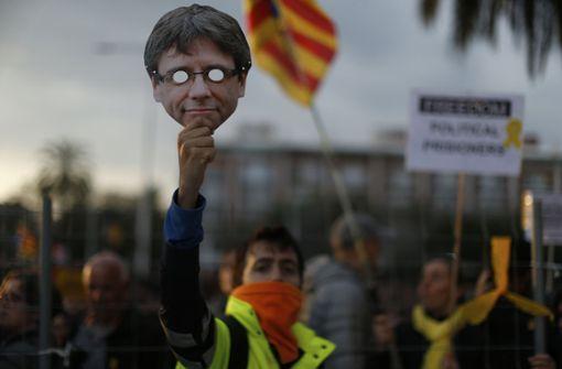 Justiz berät über Auslieferung - Proteste in Barcelona