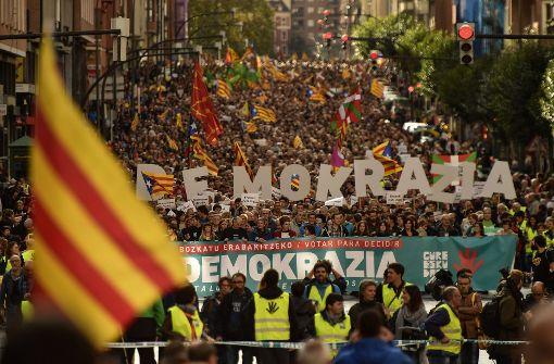 Spanischer Regierungschef fordert Mäßigung