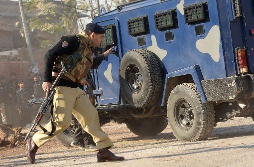 Mindestens 14 Tote bei Taliban-Angriff auf Studentenheim