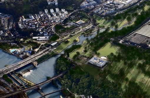 Eine renaturierte Wasserlandschaft schlägt Roland Ostertag für die Einmündung des freigelegten Nesenbachs in den Neckar unterhalb von Schloss Rosenstein vor Foto: Visualisierung: Ostertag