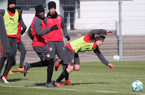 So trotzen die VfB-Spieler den Minusgraden