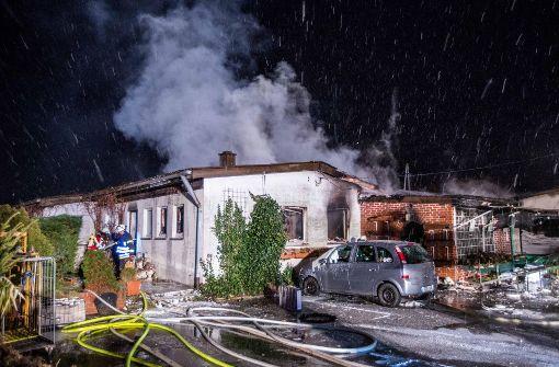 250 000 Euro Schaden durch brennenden Weihnachtsbaum
