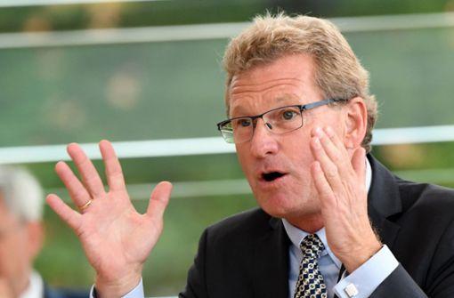 Buchholz: Autofahrer sollen für Diesel-Nachrüstung zahlen