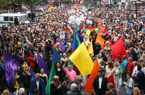 6000 Menschen bei Christopher Street Day
