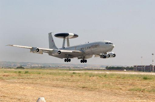 Abgeordnete dürfen Nato-Stützpunkt besuchen