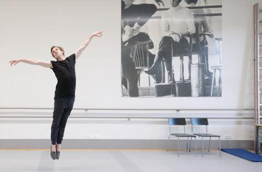 Hat allen Grund, um zu schweben: Tänzer, Choreograf und Fotograf Roman Nowitzky Foto: Steffen Schmid