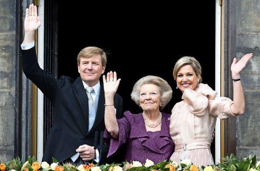 Der niederländische König Willem-Alexander, Prinzessin Beatrix and Königin Maxima 2013 Foto: dpa