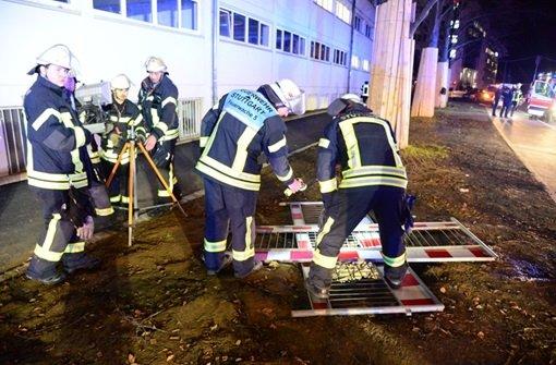 Eine Frau ist in Stuttgart-Vaihingen in einen vier Meter tiefen Schacht gefallen und hat sich dabei schwere Verletzungen zugezogen. Foto: FRIEBE|PR/ Sven Friebe