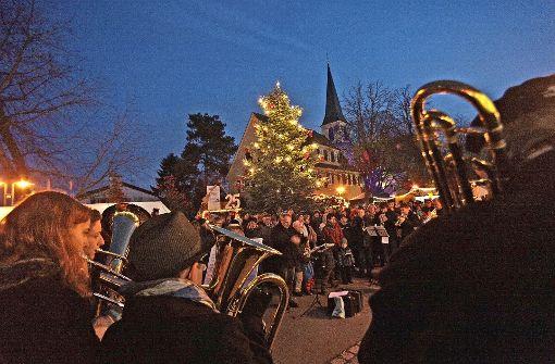 Frühzeitig muss geklärt werden,  ob sich genügend Helfer finden, um die Großveranstaltung auf  dem Kirchplatz auch dieses Jahr zu stemmen. Foto: Martin Hechinger