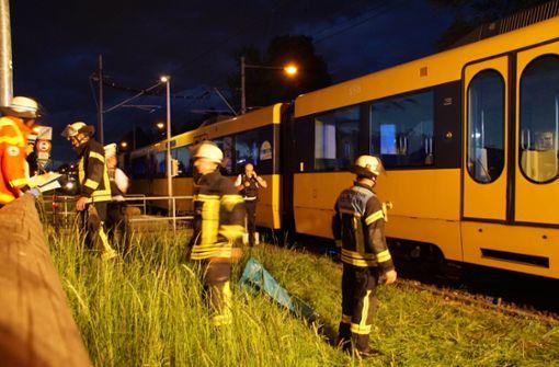 Fußgänger bei Stadtbahnunfall schwer verletzt