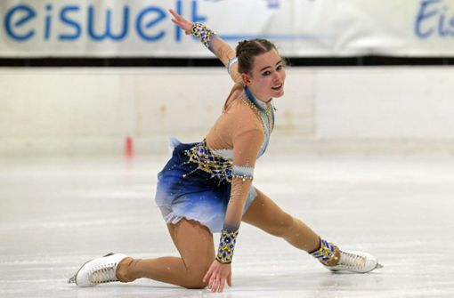 Seit sie vier Jahre alt ist, steht die Sindelfingerin Jasmin Lugert auf dem Eis Foto: Baumann