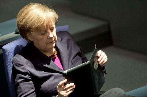 Merkel will mit FDP und Grünen verhandeln