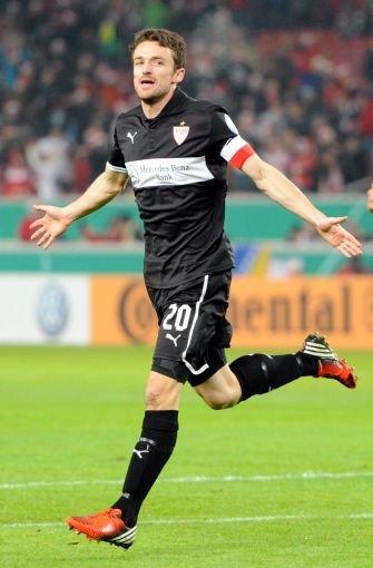 Christian Gentner: Note 2. In der 31. Minute gelang dem VfB dank ihm die 1:0-Führung. Gentner hatte den Ball nach einem Eckball von Okazaki volley genommen und dem Kölner Torwart Kessler aus sieben Metern keine Chance gelassen. Foto: dpa