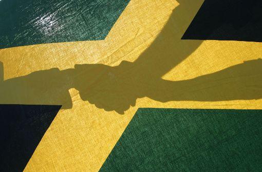 Unter schlaffen Segeln nach Jamaika