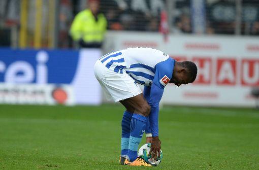 Hertha-Angreifer Kalou mutig vom Elfmeterpunkt