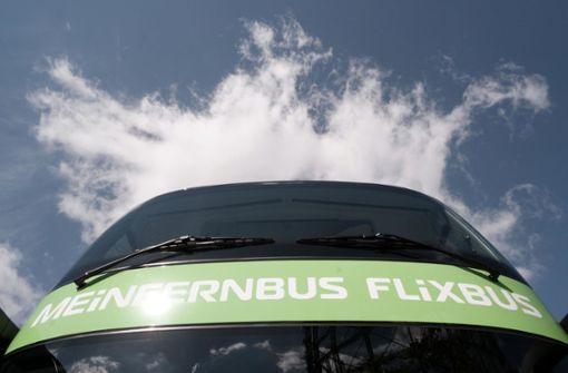 Flixbus-Fahrer ignoriert Parkverbot weiterhin