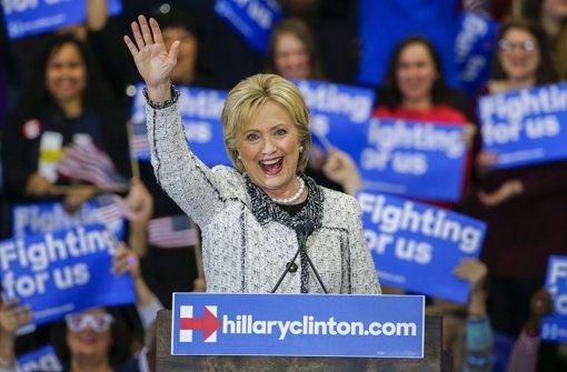 Clinton feiert ihren Sieg in South Carolina. Foto: dpa