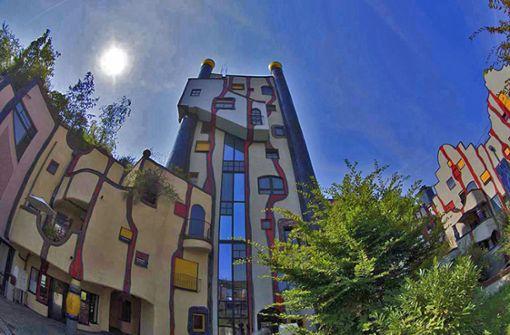 Tour 1: Ein Abstecher zum Hundertwasser-Haus in Plochingen lohnt sich. Foto: Foto Tourismus Plochingen