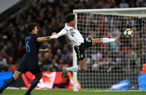 Nullnummer beim WM-Experiment: Deutsche Wembley-Serie hält