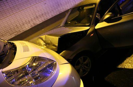 Die BMW-Fahrerin war aus ungeklärter Ursache gegen 20.30 Uhr immer weiter nach links geraten. Foto: 7aktuell.de/Jens Pusch